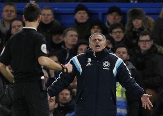Mark Clattenburg i Jose Mourinho