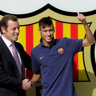 Sandro Rosell i Neymar (Foto: AFP)