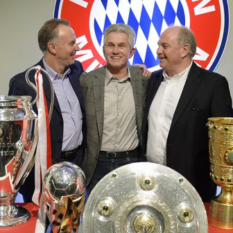 Karl-Heinz Rummenigge, Jupp Heynckes i Uli Hoeness (Foto: AFP)