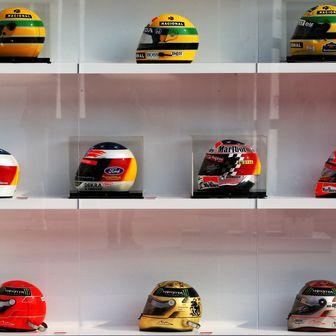 Kacige Schumachera i Senne izložene povodom 1000. utrke F1 (Foto: XPB/Press Association/PIXSELL)