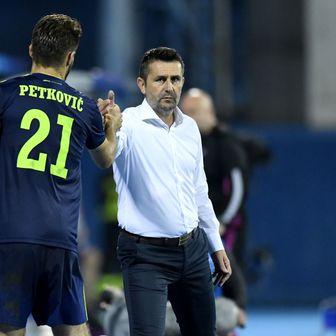 Bruno Petković i Nenad Bjelica (Foto: Josip Regovic/PIXSELL)
