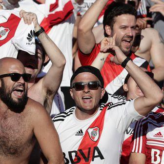 Navijači Boce i Rivera (Foto: AFP)