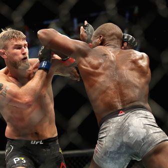 Jones protiv Gustafssona (Foto: AFP)