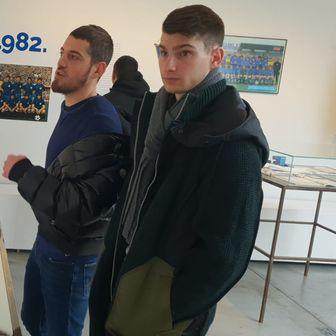 Igrači i trener Dinama posjetili izložbu Dinamovo proljeće