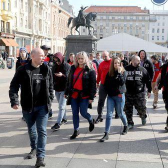 Navijači Viktorije Plzen (Foto: Patrik Macek/PIXSELL)