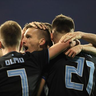 Slavlje igrača Dinama (Foto: Slavko Midžor/PIXSELL)