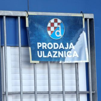 Prodaja ulaznica za Dinamo (Foto: Luka Stanzl/PIXSELL)