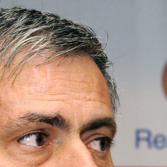 Jose Mourinho opet u kombinacijama za trenera Reala (Foto: AFP)