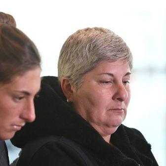 Sestra i majka Emiliana Sale (Foto: Joe Giddens/Press Association/PIXSELL)