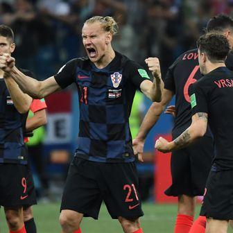 Domagoj Vida slavi protiv Danske (Foto: AFP)