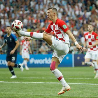 Ivan Perišić protiv Francuske (Foto: AFP)