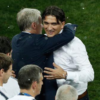 Zlatko Dalić i Didier Deschamps (Foto: AFP)
