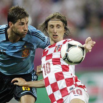 Sergio Ramos i Luka Modrić (Foto: Slavko Midzor/PIXSELL)