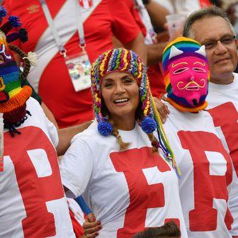 Peruanski navijači (Foto: AFP)