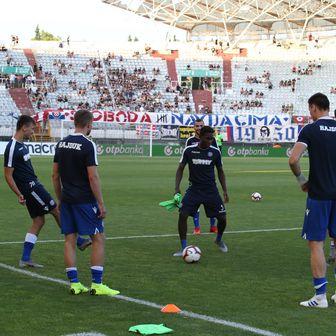 Zagrijavanje Hajduka prije Istre (Foto: Ivo Cagalj/PIXSELL)