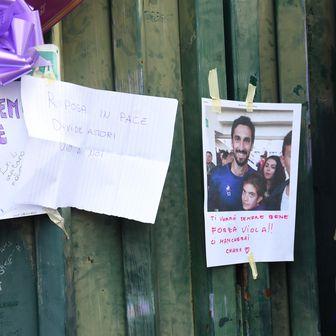 Poruke navijača nakon smrti Astorija (Foto: AFP)
