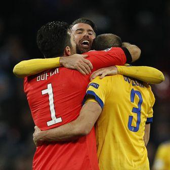 Gianluigi Buffon, Giorgio Chiellini i Andrea Barzagli (Foto: AFP)