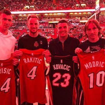 Vatreni na NBA utakmici (Foto: Instagram)