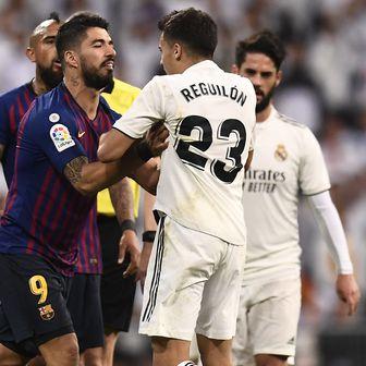 Reguilon, Suarez i Messi (Foto: AFP)