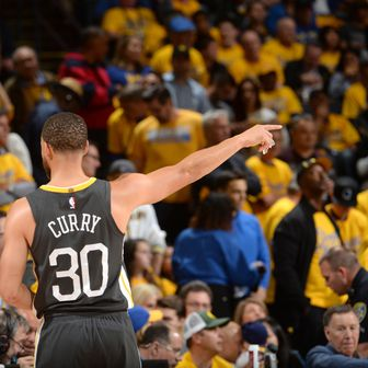 Curry i Durant (Foto: AFP)
