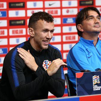 Ivan Perišić na presici (Foto: Yui Mok/Press Association/PIXSELL)