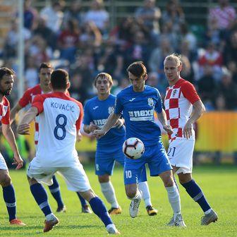 Hrvatska reprezentacija protiv Bjelovara (Foto: Marko Prpic/PIXSELL)