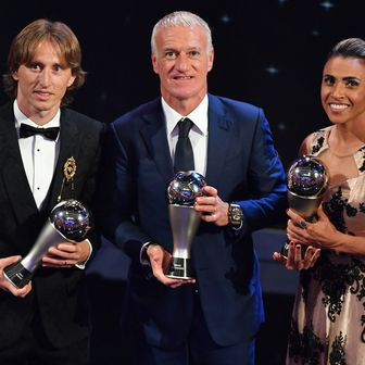Luka Modrić, Didier Deschamps i Marta (Foto: AFP)