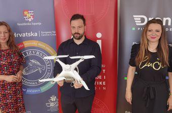 Predstavljanje Drone Pilot Academyja na FOI-ju
