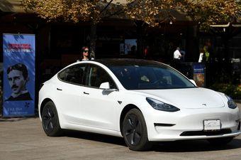 Tesla model 3 u Zagrebu (Foto: Marko Lukunic/PIXSELL)