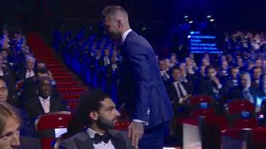 Ramos dotaknuo Salaha po ramenu koje mu je ozlijedio