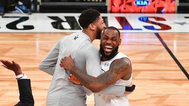 Anthony Davis i LeBron James (Foto: AFP)