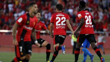 Ante Budimir slavi pogodak