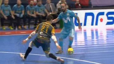 Ricardinho u akciji protiv vratara (Screenshot)