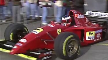 Schumacher u Ferrarijevom bolidu na testiranjima u prosincu 1995.