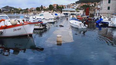 Nevrijeme na Jadranu poplavilo rive