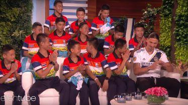Zlatan Ibrahimović s tajlandskim dječacima