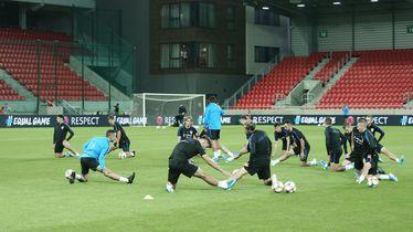 Trening Vatrenih na stadionu Anton Malatinsky