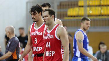 Dario Šarić i Bojan Bogdanović (Foto: Goran Kovacic/PIXSELL)