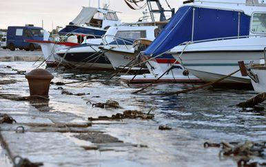 Velika plima, arhivska fotografija (Foto: Hrvoje Jelavic/PIXSELL)