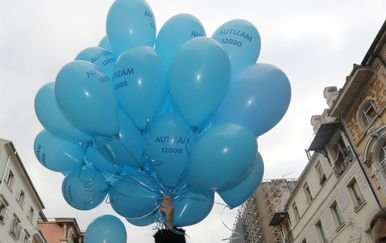 Puštanjem plavih balona, Svjetski dan svjesnosti o autizmu obilježen je i u Rijeci