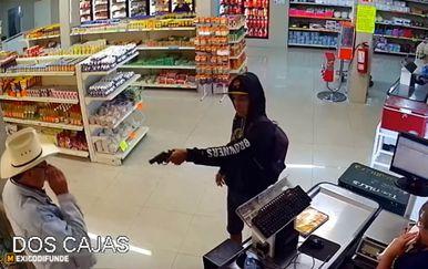 Pljačka u mesnici završila je privođenjem razbojnika (FOTO: YouTube/Screenshot)
