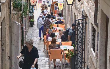 Ugostiteljski objekt u Dubrovniku (Foto: Dnevnik.hr) - 1