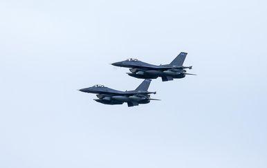 Američki borbeni zrakoplovi F16 (Foto: Borna Filic/PIXSELL) - 9