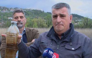 Miro Bulj upozorio na zagađenje rijeke Orašnice (Foto: Dnevnik.hr) - 2