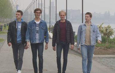 Vukovarski srednjoškolci, osvajaći svjetskog zlata za projekt Pametan grad (Foto: Dnevnik.hr)