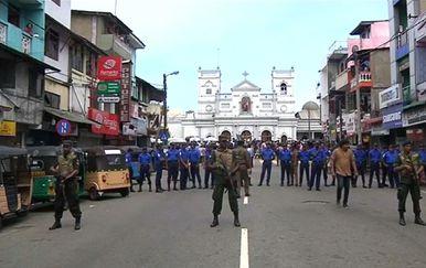 Vojne snage na ulicama gdje su održani teroristički napadi (Foto: Dnevnik.hr)