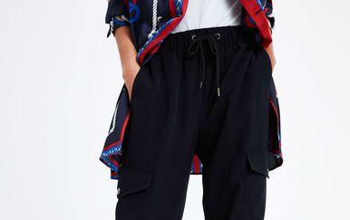 Laganije crne hlače iz trgovina - 1