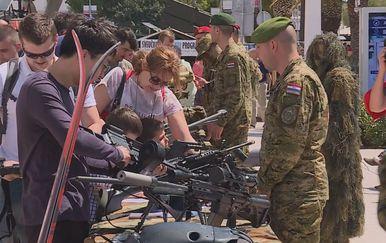 Obljetnica udarne postrojbe hrvatske vojske četvrte gradijske brigade Pauci (Foto: Dnevnik.hr) - 4