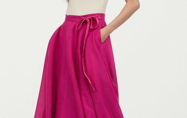 Jedna od opcija, ako ne želite nositi haljinu, je suknja midi dužine