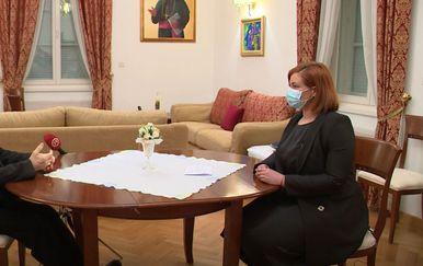 Mons. Želimir Puljić, zadarski nadbiskup, i Sanja Jurišić - 1